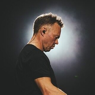 📣 Tickets on sale now! 📣  The legendary @petetongofficial and @heritageorchestra conducted by @julesbuckleymusic are bringing Ibiza Classics to @newcastleraces on Saturday 26th June 2021!   🎟 >> https://bit.ly/3lS2LlW  #PeteTong #IbizaClassics #HeritageOrchestra