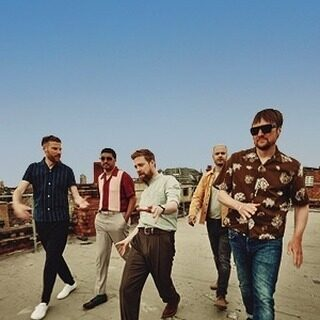 Back in 2018, Kaiser Chiefs played a hit-packed set to racegoers at @WolvesRaces & we've wanted them back ever since!   So we're pretty pleased they're stopping by not just one, but THREE of our venues in 2021 💃🕺  🗓️ 29th May 2021 - @FfosLasRaces 🗓️ 4th June 2021 - @BathRacecourse 🗓️ 26th June 2021 - @DoncasterRaces  Tickets are available now for all dates from our website www.liveafterracing.co.uk  #LiveAfterRacing #KaiserChiefs #FfosLasRaces #BathRaces #DoncasterRaces