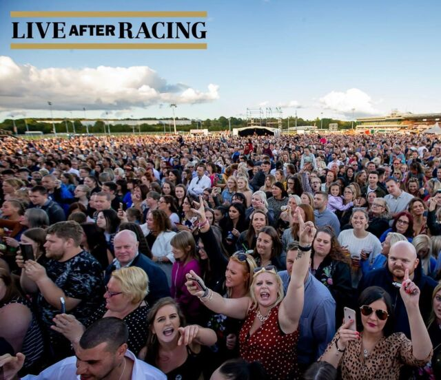 #throwback to one of our shows at Wolverhampton Racecourse a few years ago! Can you spot yourself in the crowd? 👋🙋♂️🙋